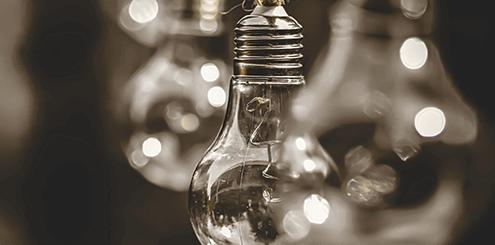 Glühbirnen und Energie für Nachhaltigkeit